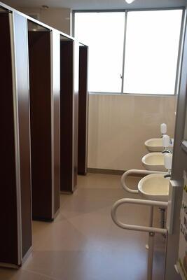 女子トイレです
